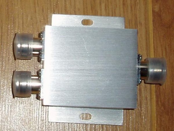 CH-SP-2NF-2.5GHz, Two way spitter, 2.5 GHz, N female jack conns-0