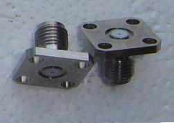 SMA,conv fem pin,4 hole, 0.9mm pin field rep SMA8F46C-0036-0